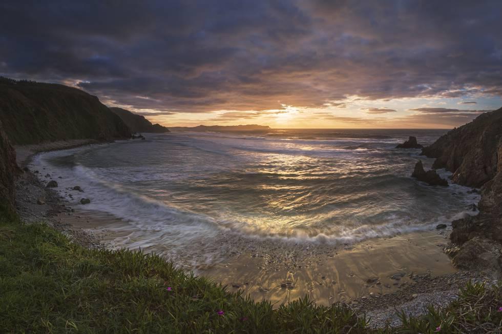 Atardecer en la playa de Campelo, en A Coruña.