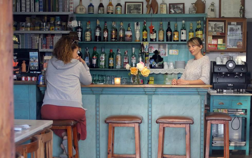 El bar Can Xicu, en Sant Miquel de Balansat.