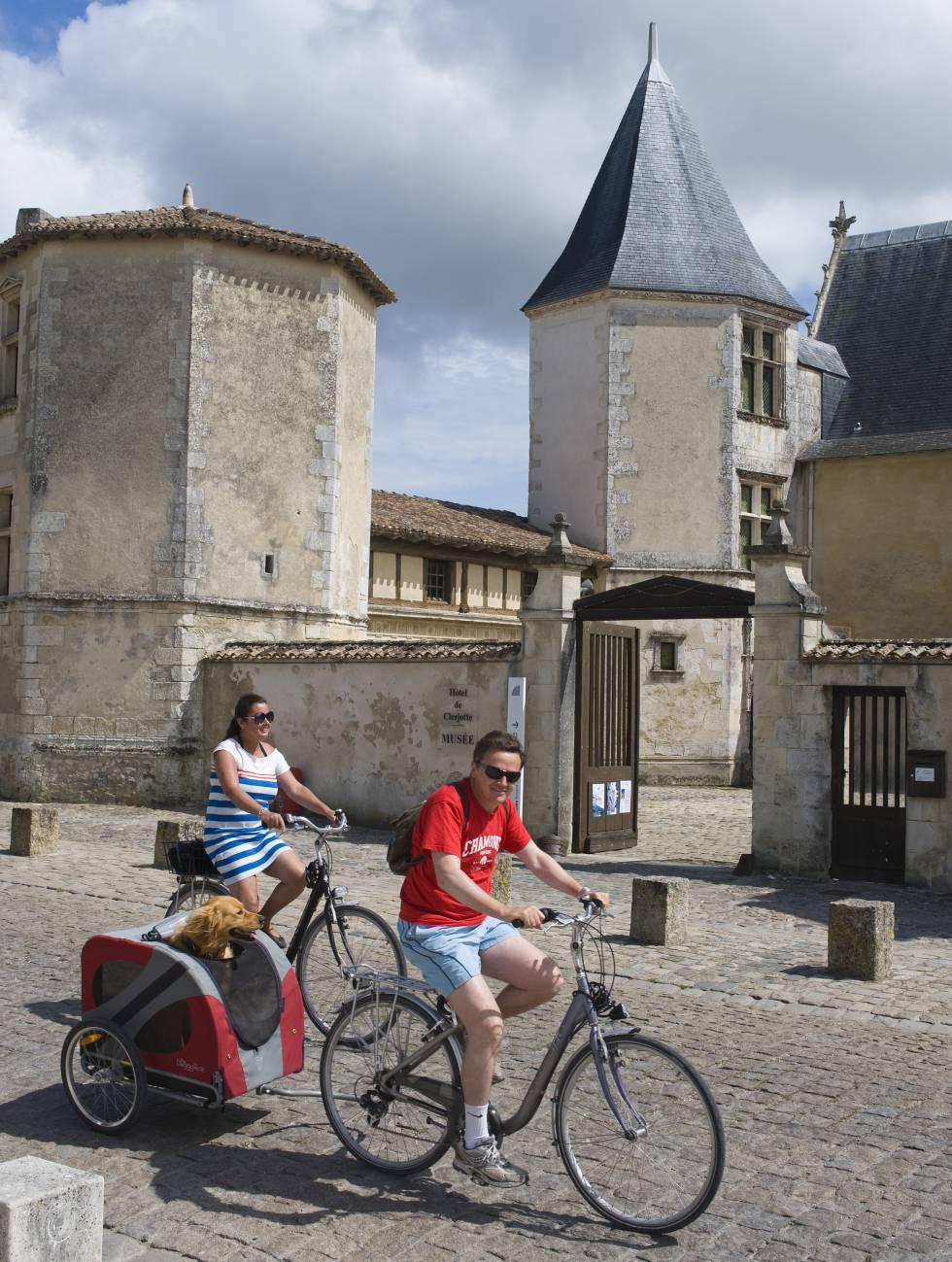 Turistas en Saint-Martin-de-Ré.