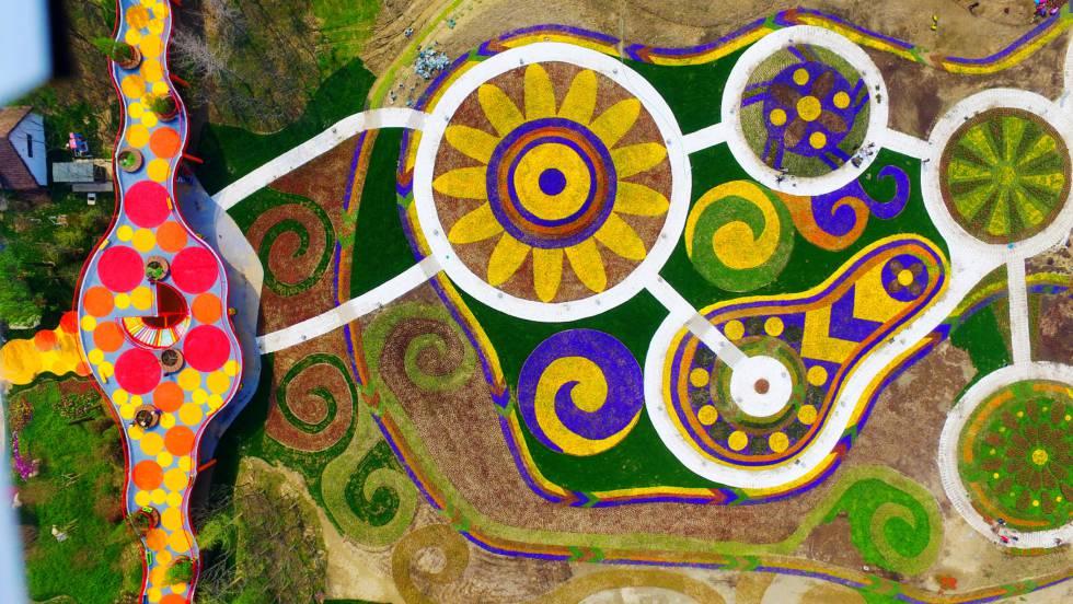 Vista aérea de Marco Polo Flower World, en la ciudad china de Yangzhou.