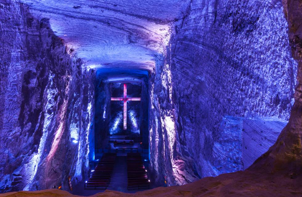 Interior de la catedral de la sal, en Zipaquirá (Colombia).
