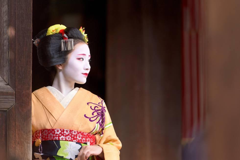 Una mujer 'maiko' en Tokio.
