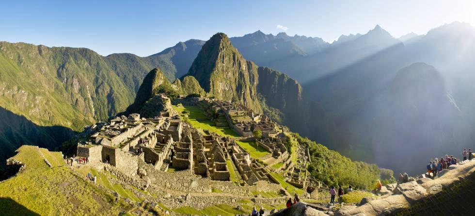 Panorámica de la ciudadela maya de Machu Picchu.