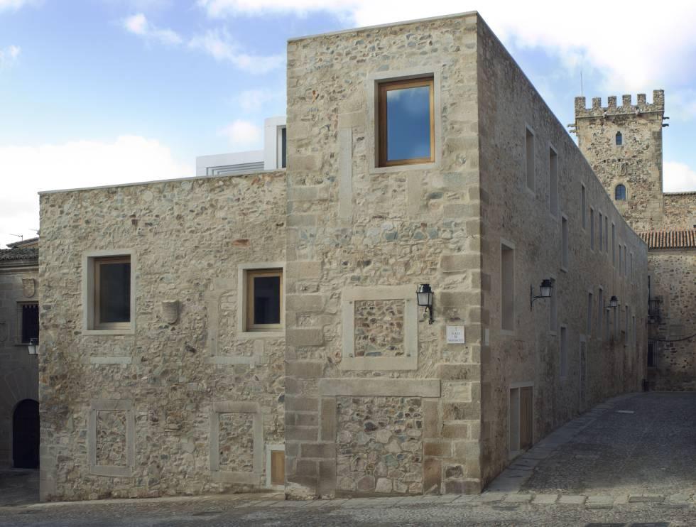 Atrio de Cáceres, del estudio Tuñón y Mansilla.