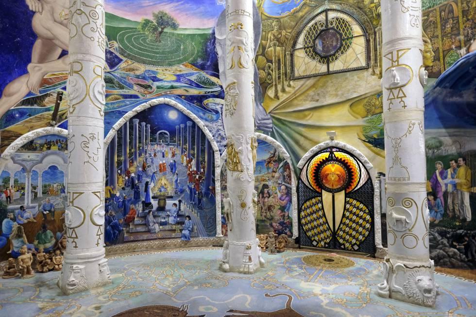 Una de las salas de la red de túneles y laberintos del Templo de la Humanidad en Baldissero Canavese, al norte de Italia.
