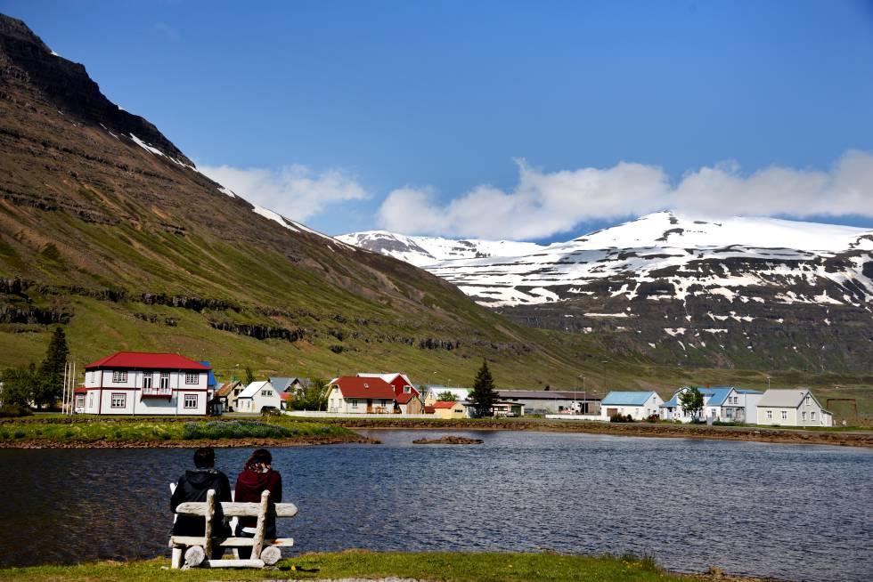 Seyðisfjörður (Islandia), escenario del 'thriller' televisivo 'Atrapados'.