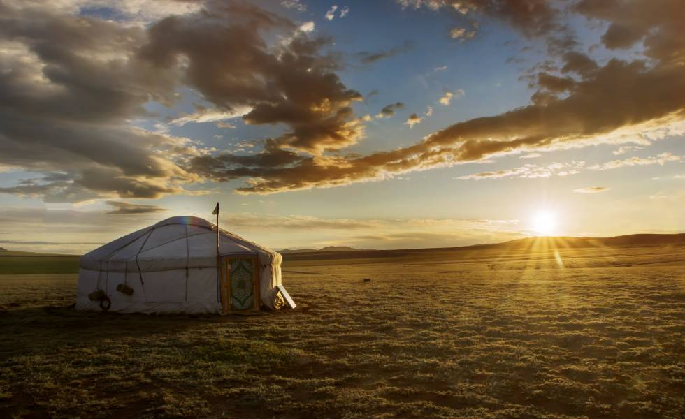 Una yurta en la estepa mongola.