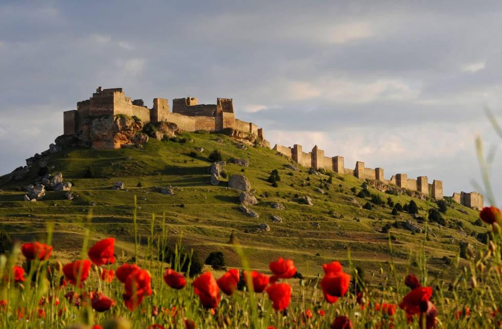 El castillo de San Esteban de Gormaz, una fortaleza morisca cerca de Soria.