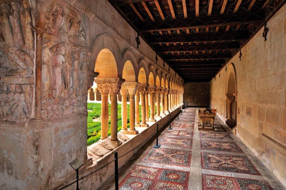El claustro románico del monasterio de Santo Domingo de Silos, en Burgos.