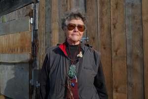 """Keri Hulme: """"Desde el Trig Walk de Okarito se ve uno los mejores escenarios de Nueva Zelanda: los Alpes del Sur"""""""