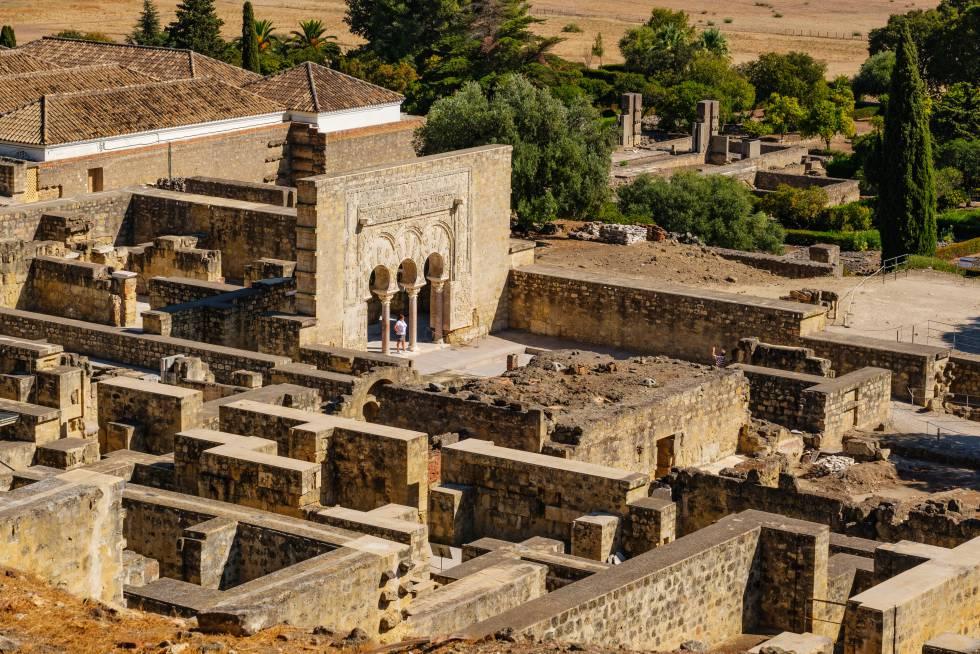 El complejo arqueológico de Medina Azahara, patrimonio mundial, a pocos kilómetros de la ciudad de Córdoba.