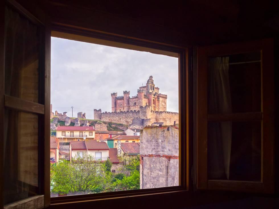 Vista del castillo de Turégano.