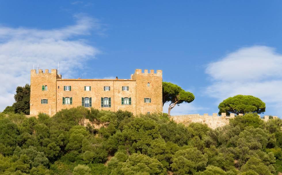 Vista del castillo de Castiglione della Pescaia.
