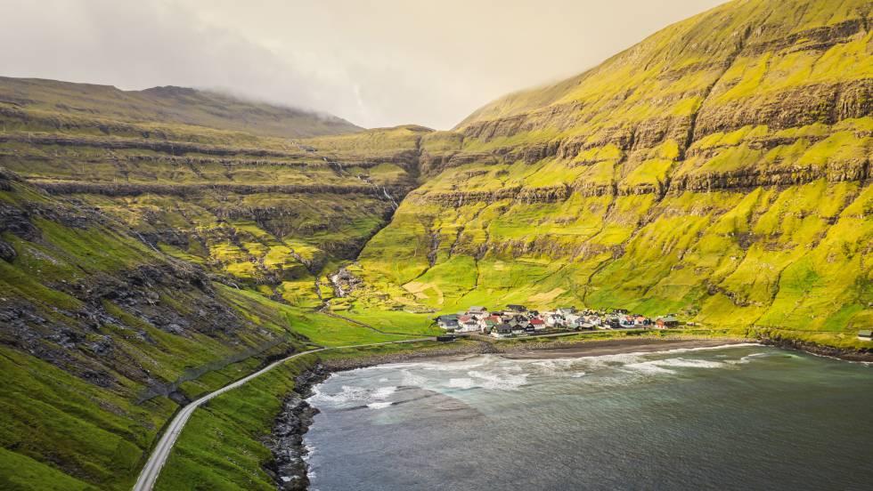 Tjornuvik Fjord, en la isla de Streymoy, en el archipiélago danés de las Feroe.