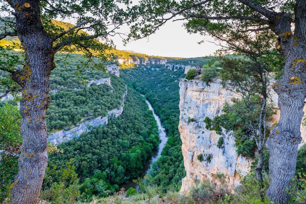 El río Ebro, a su paso por el parque natural Hoces del Alto Ebro y Rudrón, en Burgos.