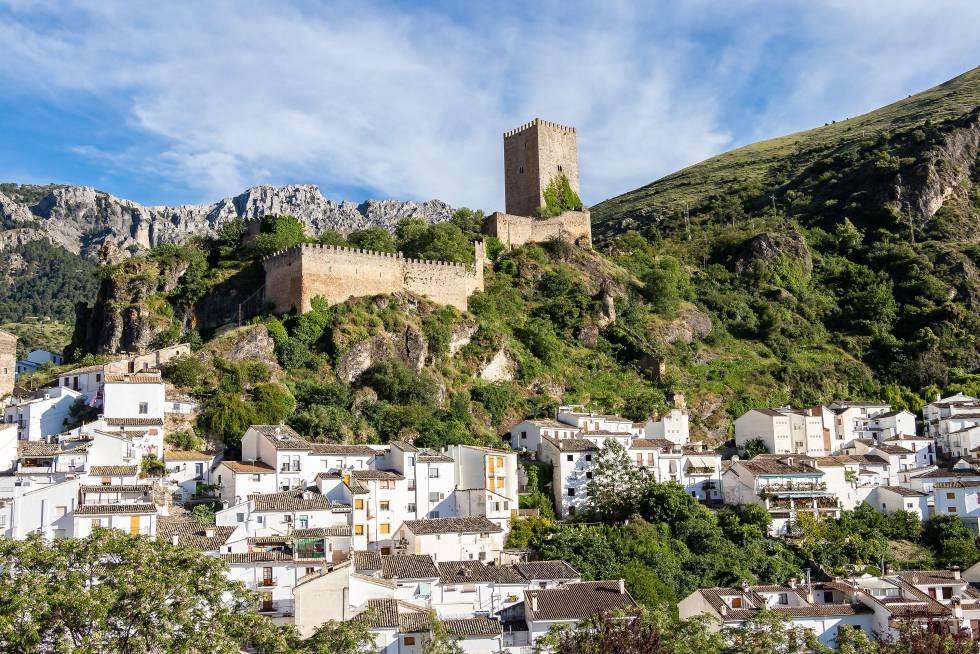Panorámica de la localidad de Cazorla, en la sierra del mismo nombre, en Jaén.