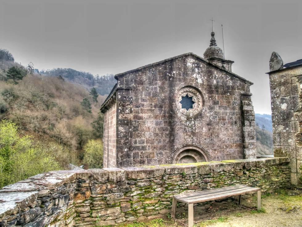 El monasterio de Caaveiro, construido en el año 934.