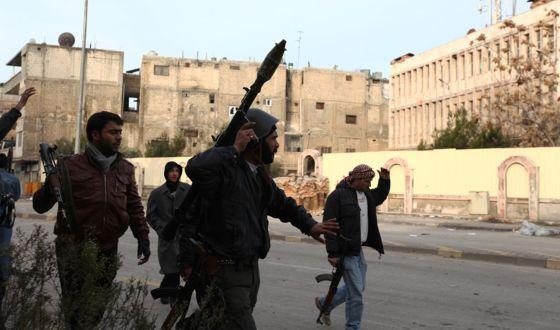 Milicianos del Ejército Libre de Siria, en Homs.