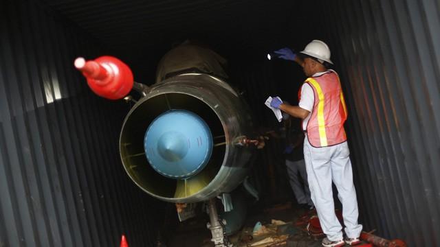 Panamá descubre dos cazas listos para su uso en el barco norcoreano