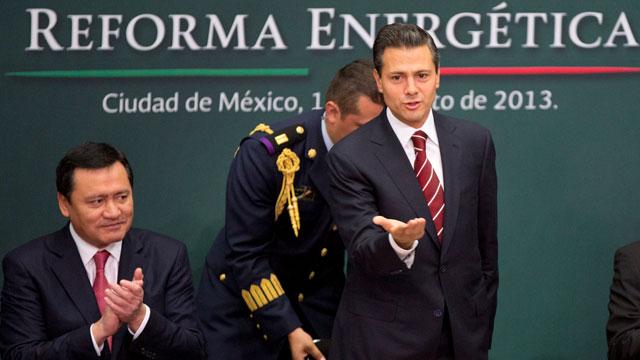 Peña Nieto quiere abrir el sector energético de México al capital privado