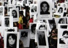 Thousands march in Chile to remember Pinochet's victims