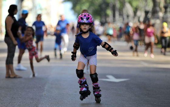 Participantes de la carrera Terry Fox en La Habana, celebrada el sábado 14 de marzo.