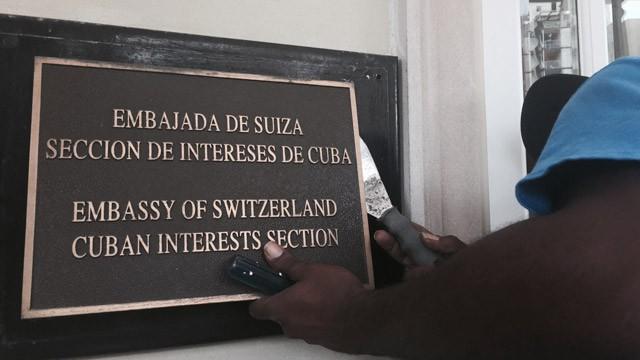 Estados Unidos y Cuba reabren sus embajadas 54 años después