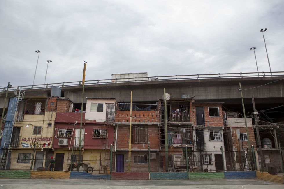 Argentina villa 31 la miseria imposible de ocultar en el for Villas en argentina