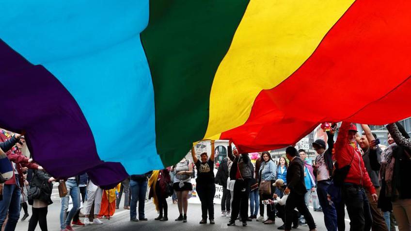 Manifestação LGTBI em Bruxelas, no dia 14.