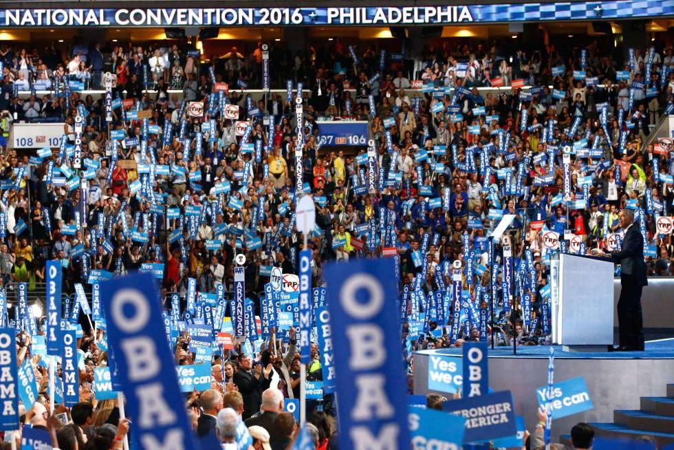 Obama ofrece su discurso de apoyo a Clinton en Filadelfia.