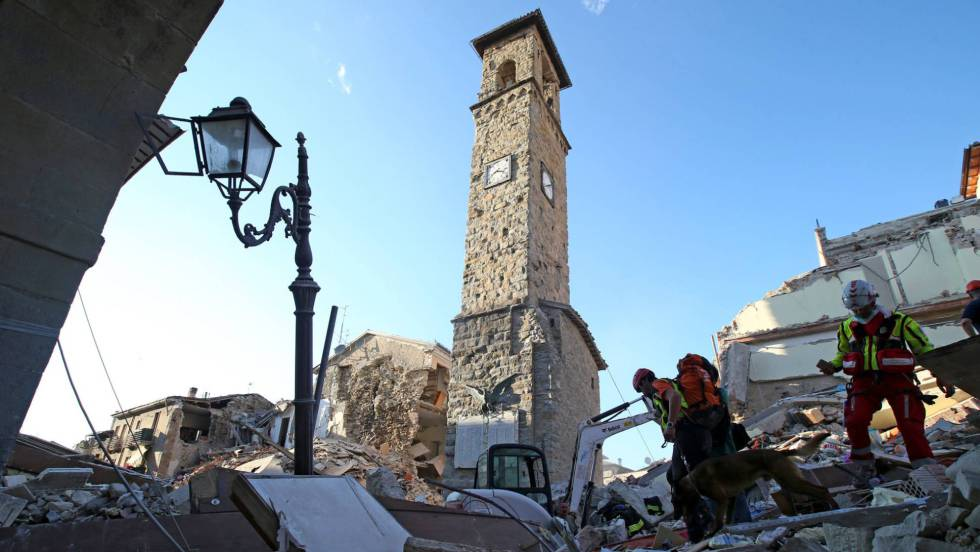 Terremoto en Italia, directo   Renzi decreta estado de emergencia