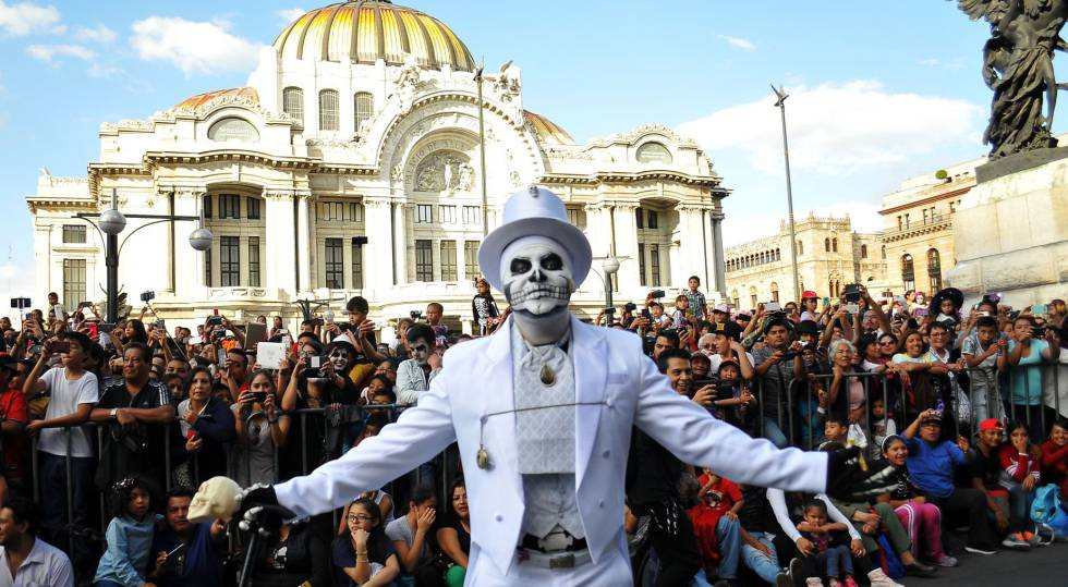 Some 250000 People Attended The First Ever Day Of Dead Parade In Mexico City