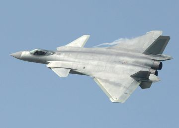 China presenta el J-20, su avión de combate invisible