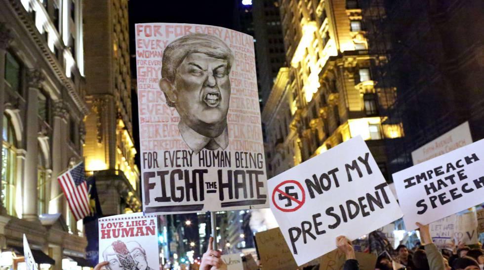Imágenes de una protesta contra Trump en Nueva York.