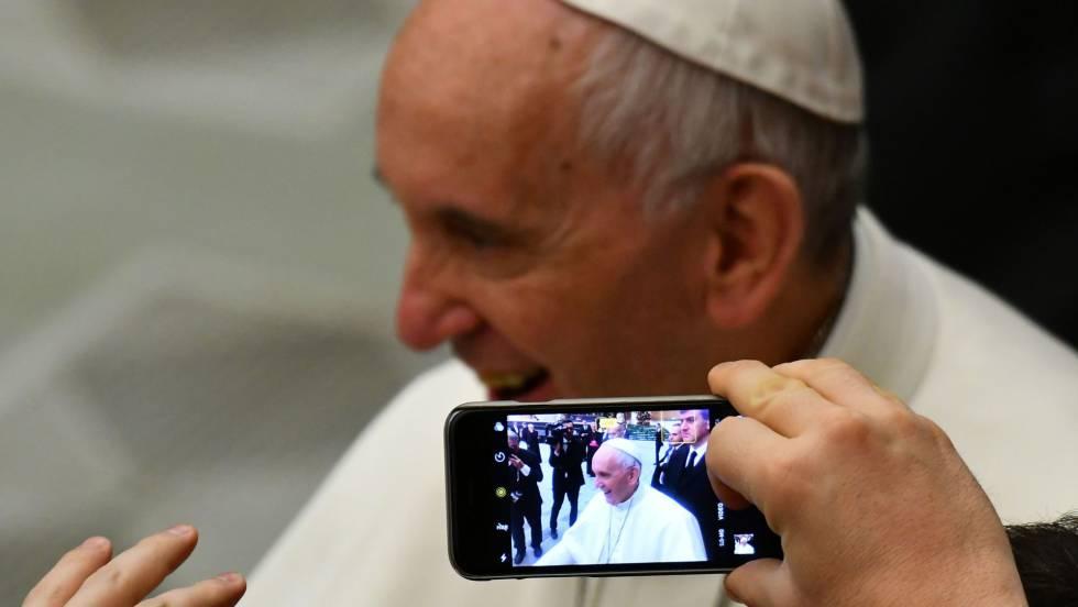 papa noticias falsas