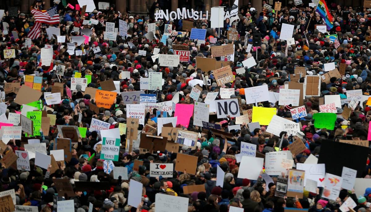 Masivas protestas en Estados Unidos contra el veto a inmigrantes de ...
