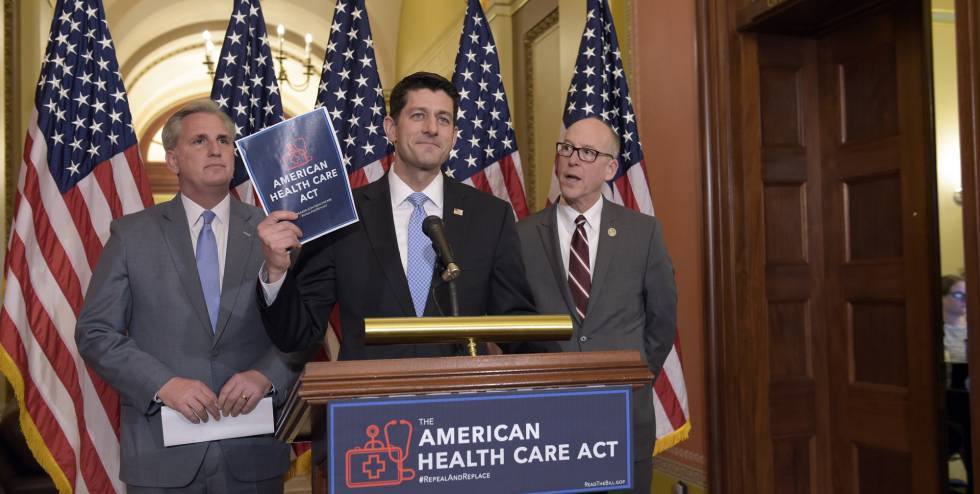 Los republicanos Kevin McCarthy, Paul Ryan y Greg Walden presentan el American Health Care Act.