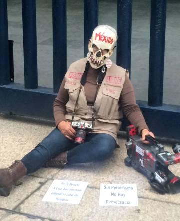 Protesta De Los Periodistas A Finales Marzo Frente La PGR Ciudad