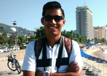 Mexican journalist seeking asylum in the US held for more than two months