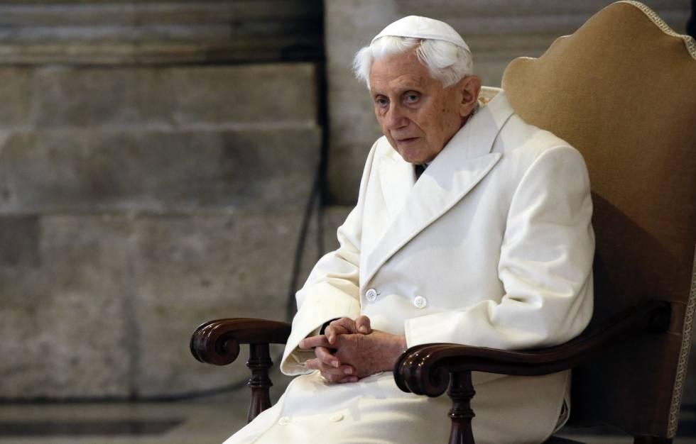 Ratzinger dirigió bellas palabras a la catedral de Notre Dame