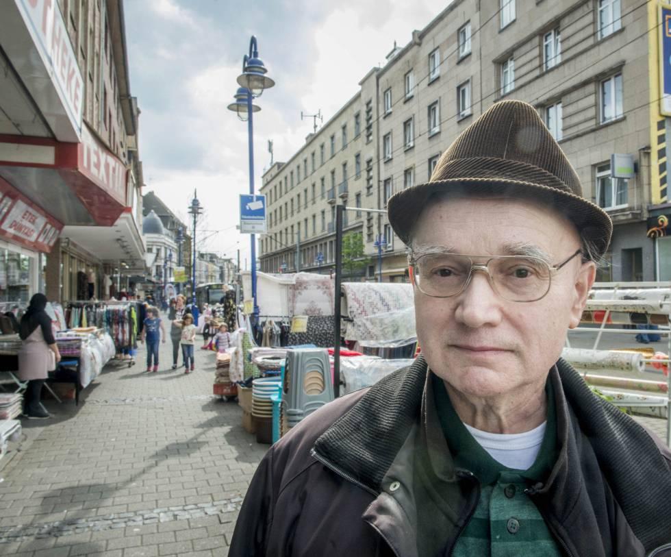 Heinz-Werner Ring, vecino de Marxloh, un suburbio de Duisburgo (Alemania), considerado peligroso.