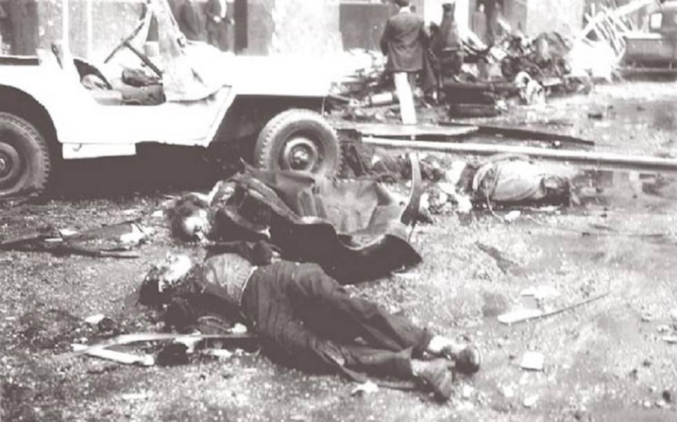 Víctimas civiles del bombardeo de los golpistas.