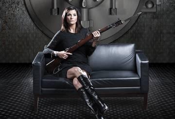 La portavoz de la Asociación Nacional del Rifle, Dana Loesch, en una portada de la revista 573.