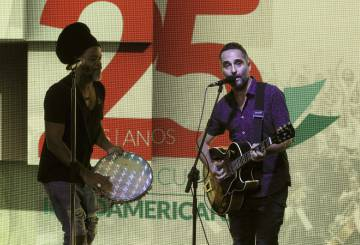 Carlinhos Brown y Jorge Drexler.