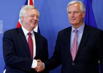 Reino Unido acepta las condiciones negociadoras de Bruselas para el Brexit
