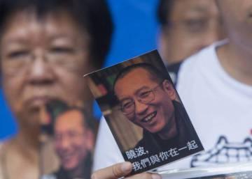 Los médicos extranjeros creen que Liu Xiaobo está en condiciones de viajar