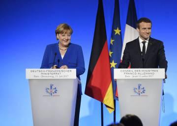 Macron y Merkel anuncian un avión de combate franco-alemán