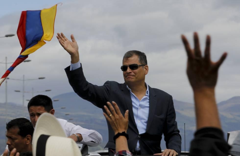 El expresidente de Ecuador Rafael Correa antes de su viaje a Bélgica.
