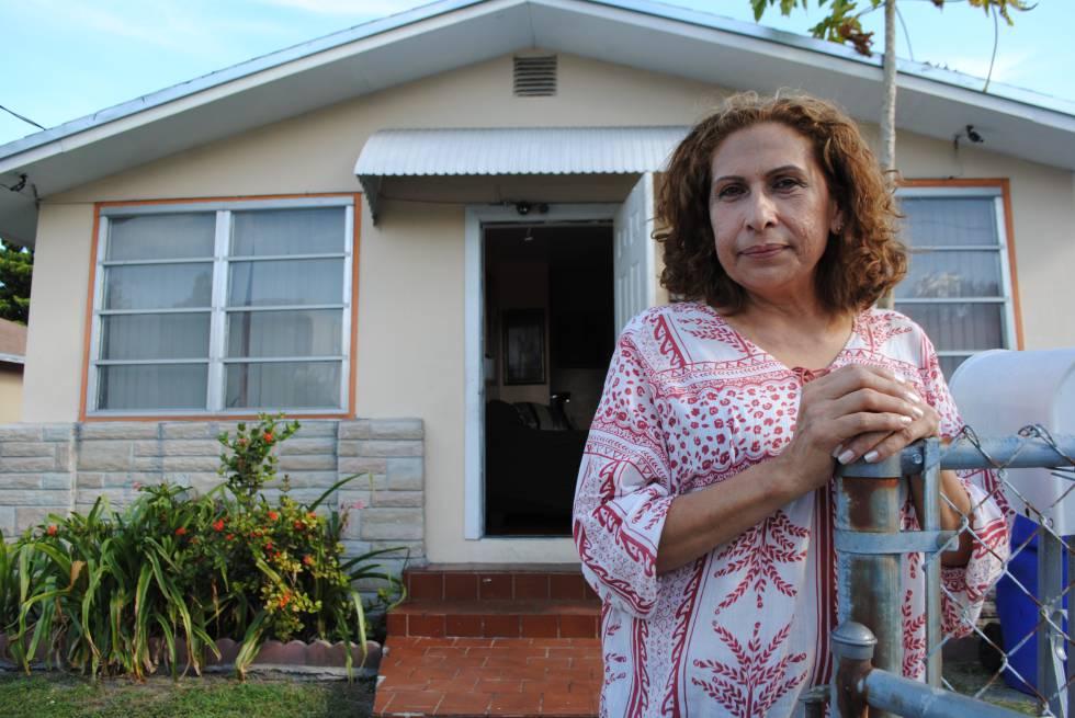 María Edith Lau en su casa de Miami