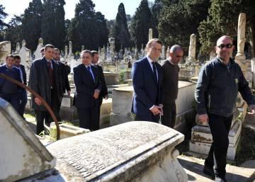 Macron se gana a los argelinos con sus críticas al pasado de Francia